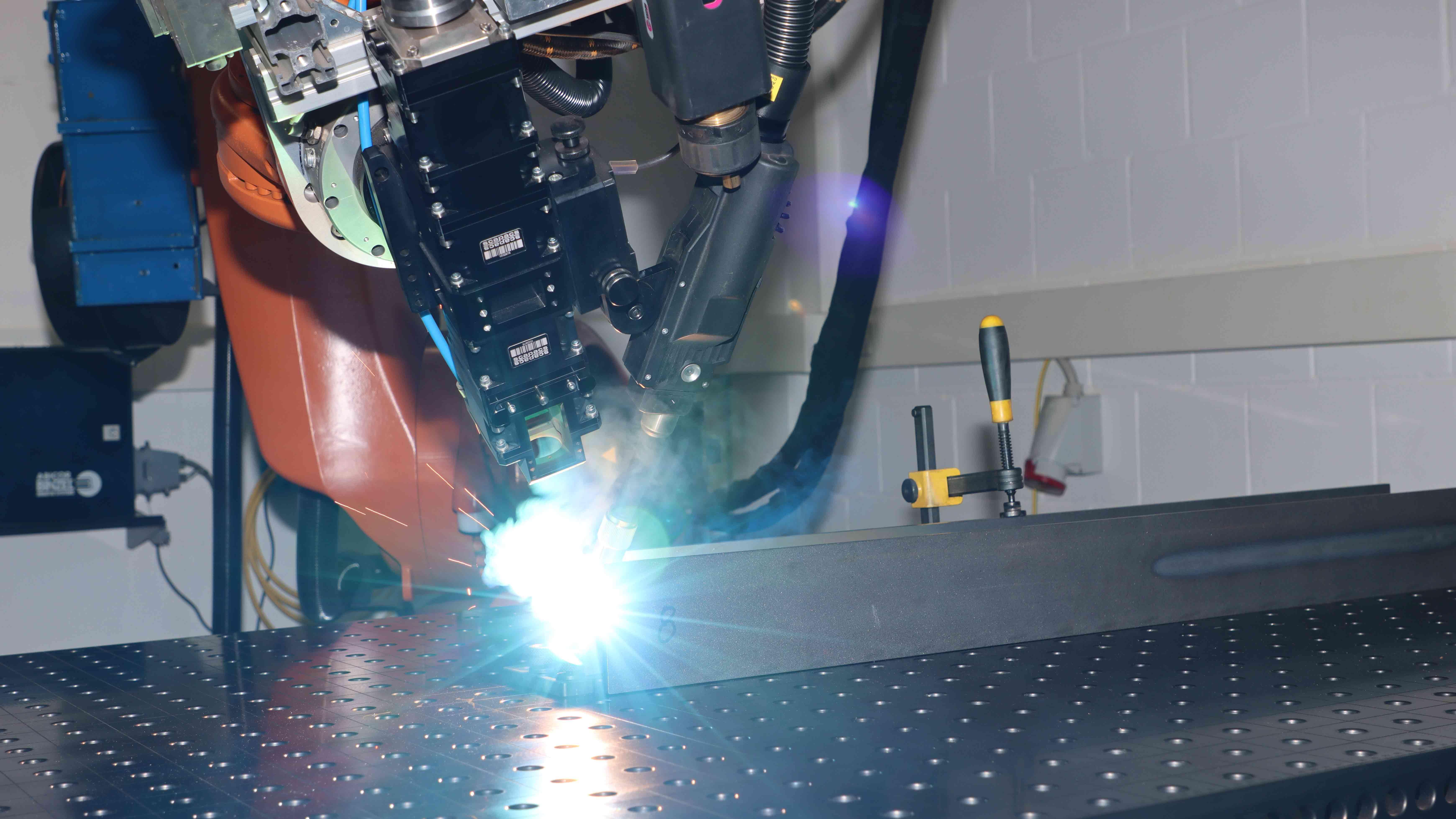 Laser_Hybrid_Welding_2_16_9